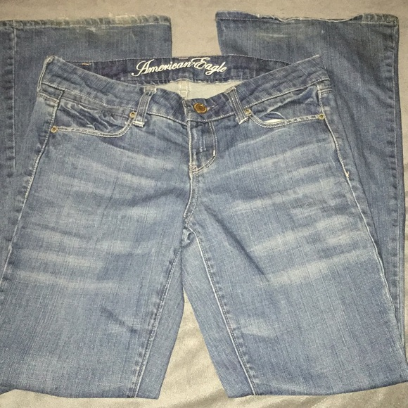 American Eagle Outfitters Denim - American Eagle Real Flare Blue Jeans Size 4 Short
